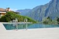 piscina sfioro lato lungo pvc grigio