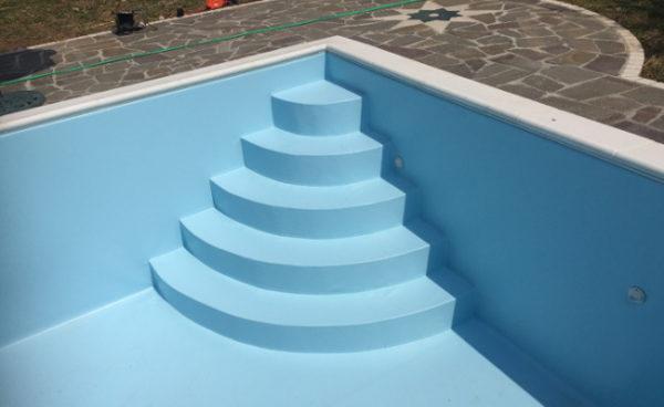 costruzione piscine brescia cemento rivestimento pvc
