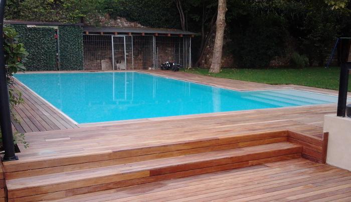 Bordi per piscina a sfioro heron piscine for Bordi per piscine