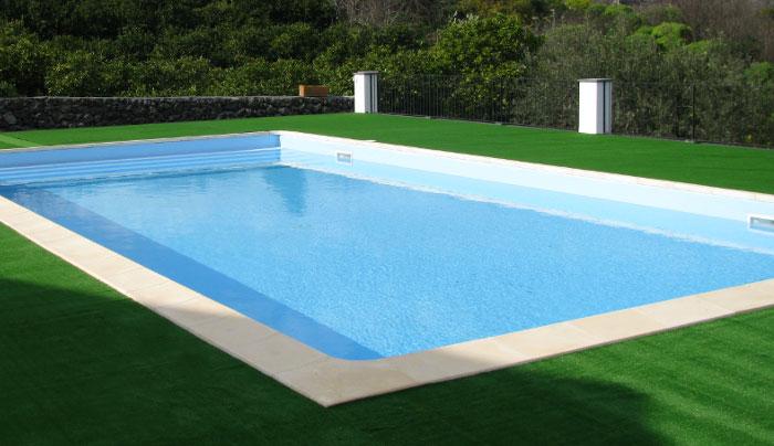 piscine a skimmer heron piscine. Black Bedroom Furniture Sets. Home Design Ideas