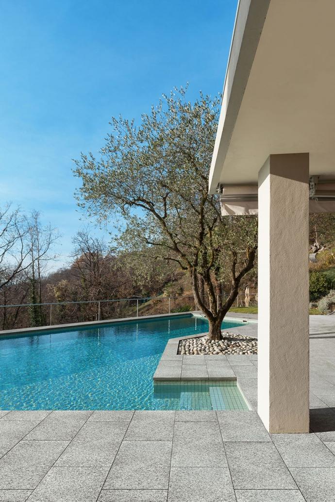 granit stone piastrella solarium piscina