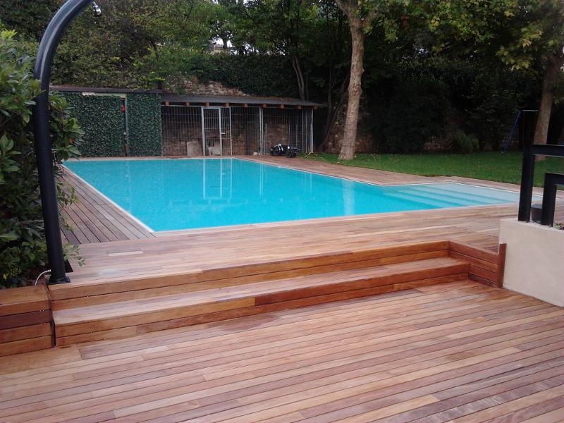 piscina-sfioro-con-appendice-scala_p
