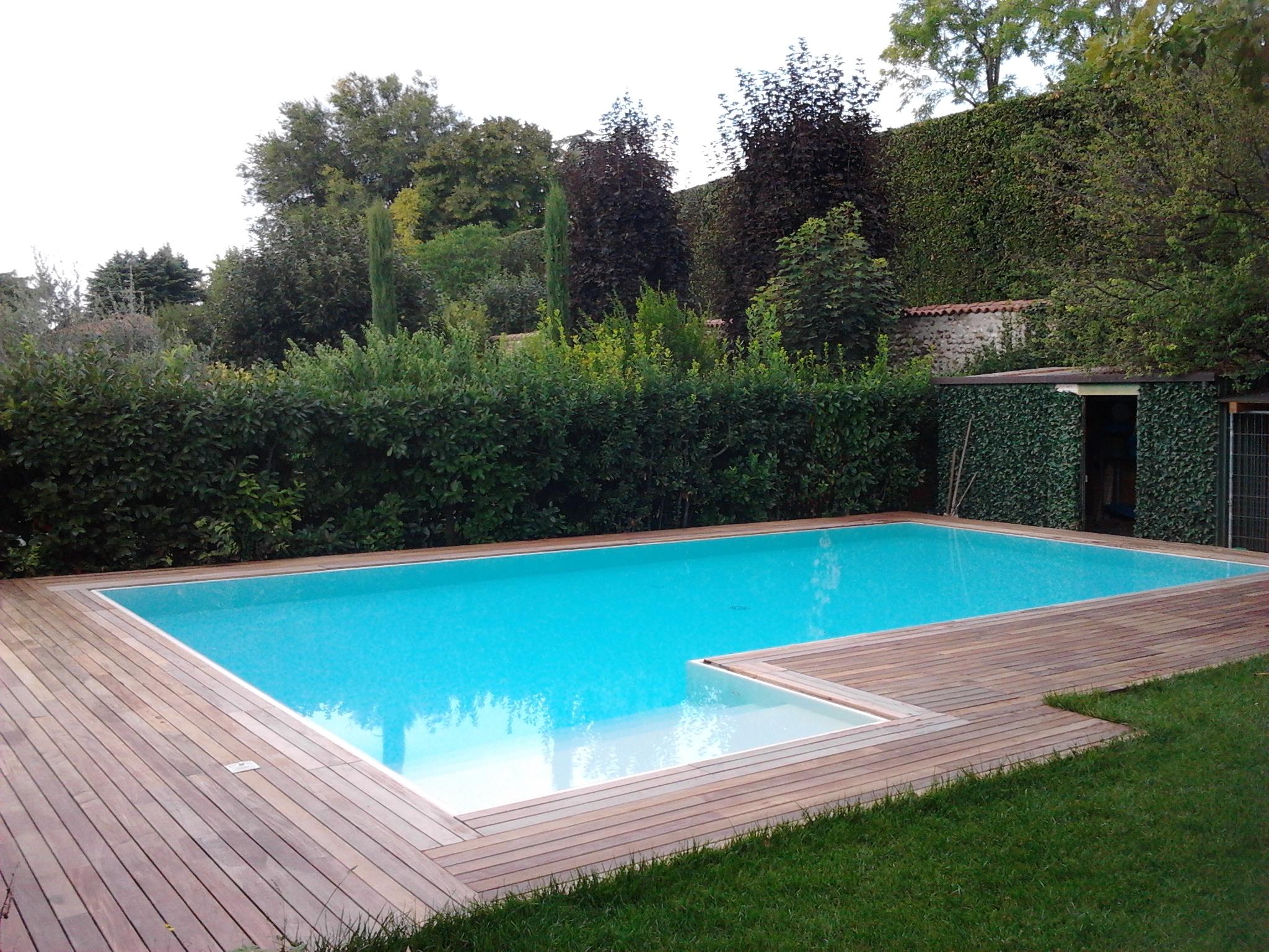 piscine realizzazione brescia