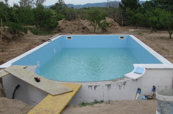 Piscine in casseri polistirolo heron piscine - Costruzione piscine brescia ...