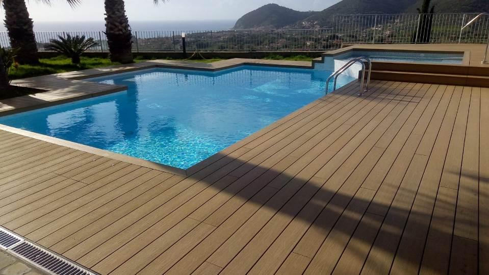 installazione piscine pavimentazione Teak